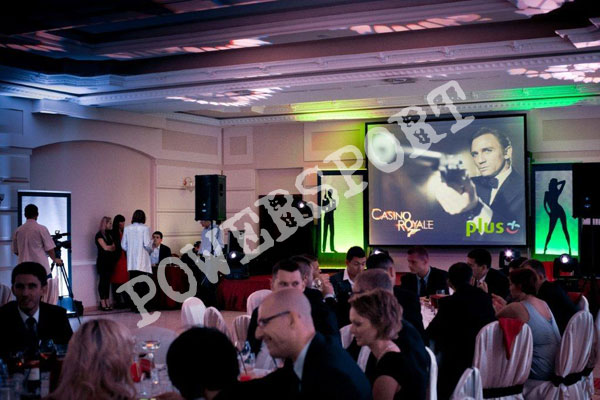 najlepsze-imprezy-wieczorne-tematyczne-007-James-Bond