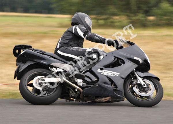 motocyklista_doskonaly_eventy_sportowe-_2_